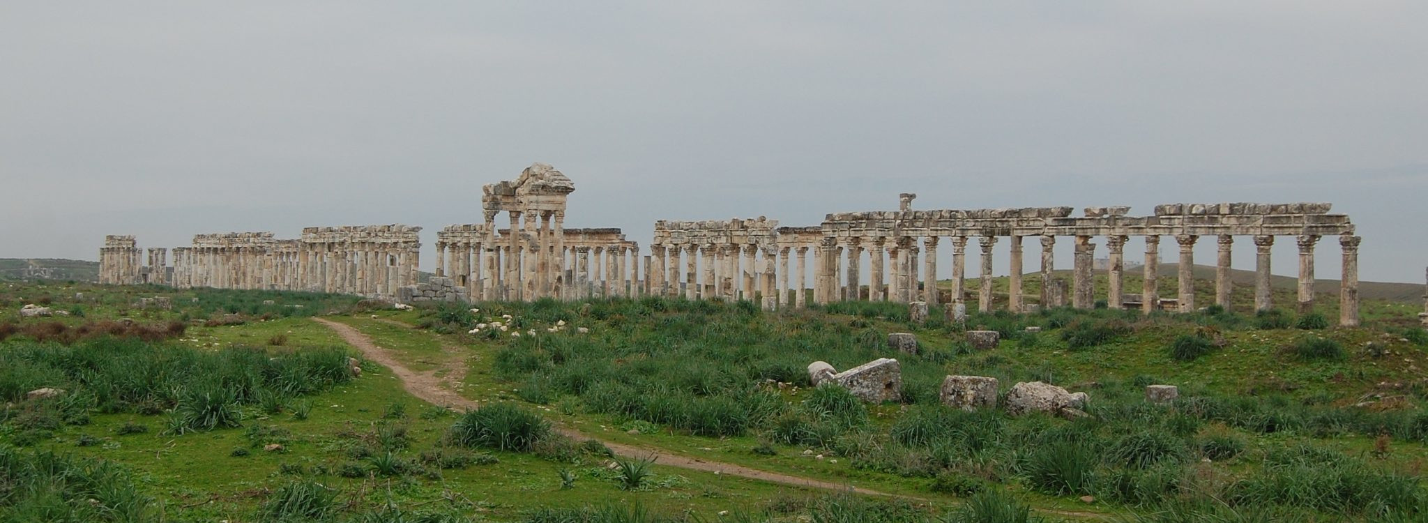 The lonely streets of Apamea nowadays ....